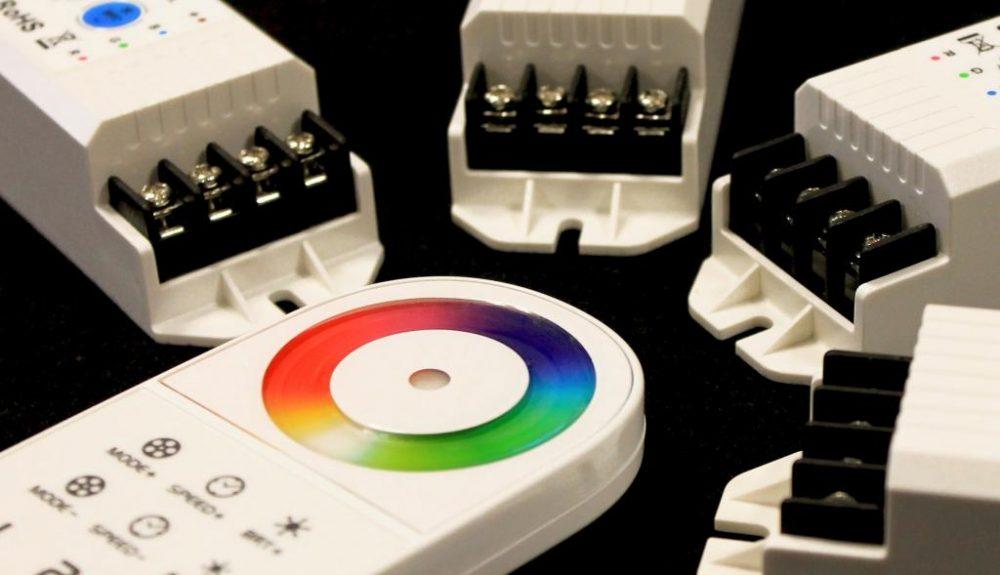 RGB-контроллер для светодиодной ленты: оформляем комнату правильно