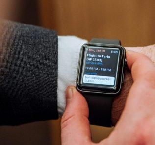 Стоит ли покупать Apple Watch: характеристики гаджета, преимущества использования, отзывы